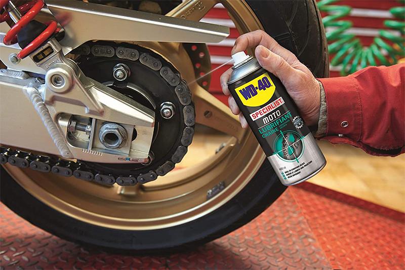 Avis - WD-40 Specialist Moto • Kit Entretien Moto • un Nettoyant Chaîne • un Lubrifiant Chaîne • un Lustreur Silicone • Solution 3 en 1 pour Moto