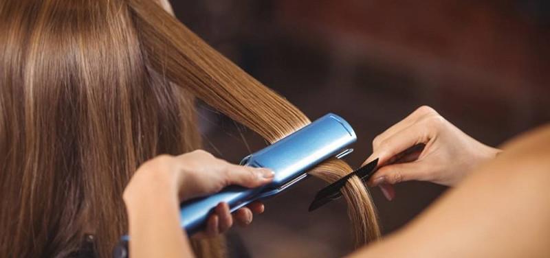 Comment bien choisir son lisseur pour cheveux?