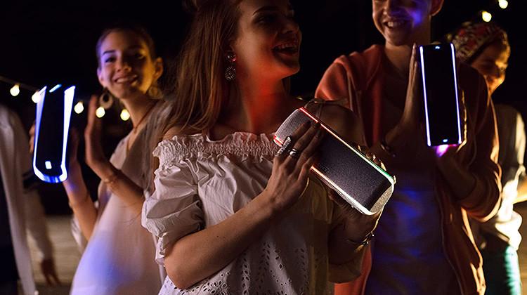 Mon Avis sur l'EnceinteBluetooth Waterproof Sony SRS-XB31 avec effet de lumières