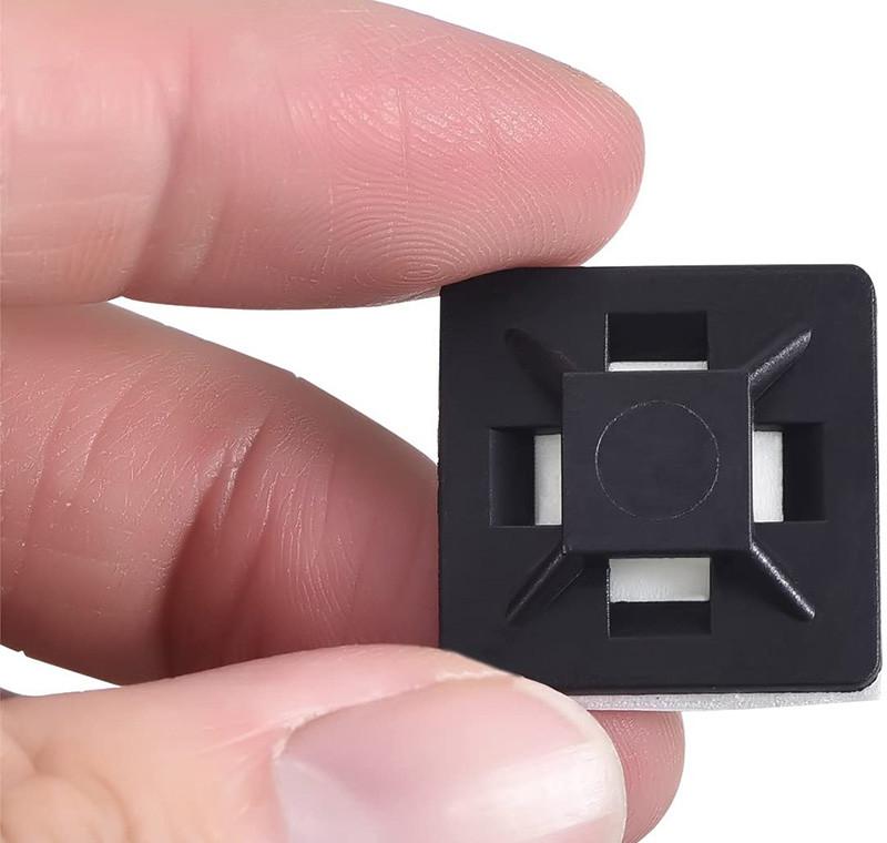 avis Paquet de 100 Zip Tie Adhésifs Supports Auto-Adhésifs Supports de Base de Serre-Câbles avec Attache-Câble Universel